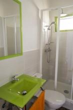 Bathrooms / Baños / Badezimmer